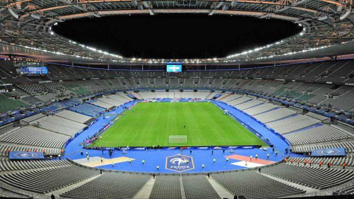 Alista Francia regreso de público a estadios